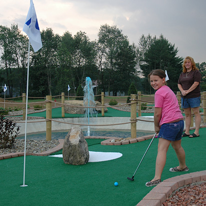 Mini Golf (Featured Image)